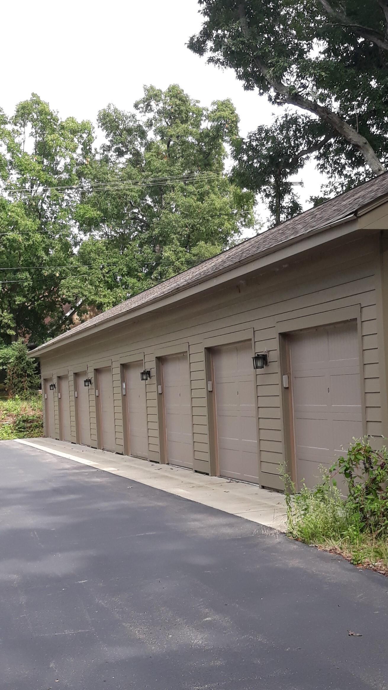 Garage G34